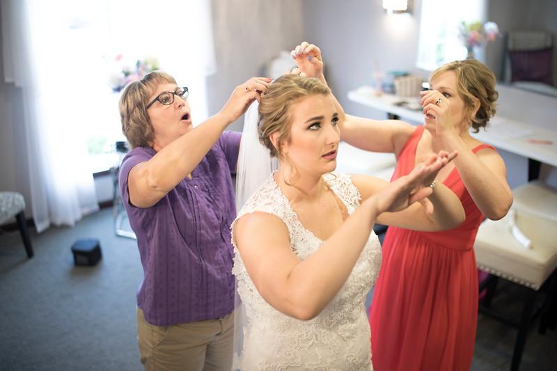 Laura & AJ Wedding (0175).jpg