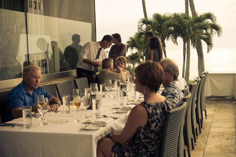 dinner table 1.jpg