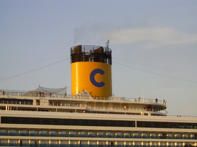 M/S COSTA FORTUNA : the funnel.