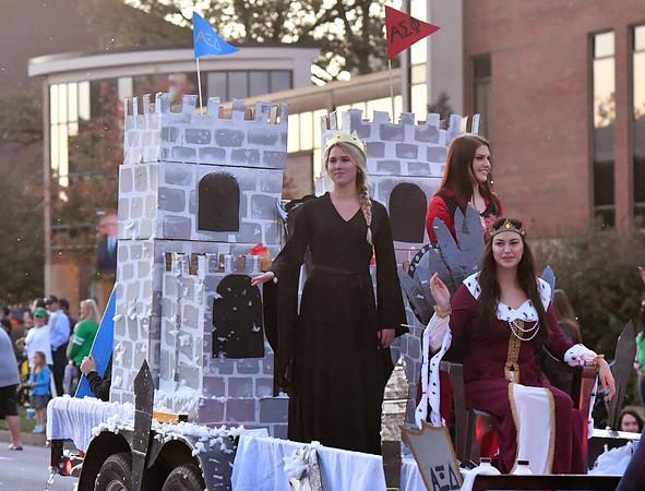 10.12.17 Homecoming Parade