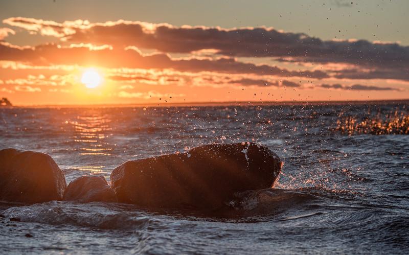 sunset rock splash-6463.jpg