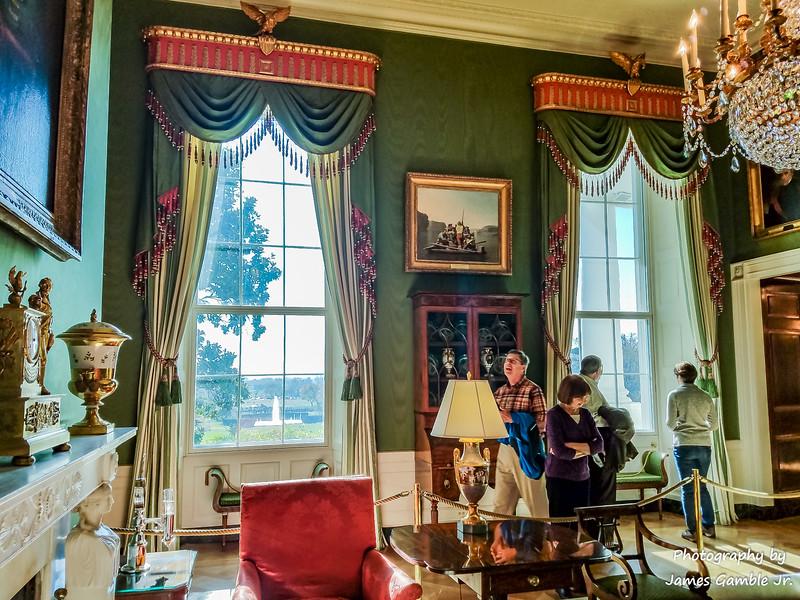 White-House-Tour-115823.jpg