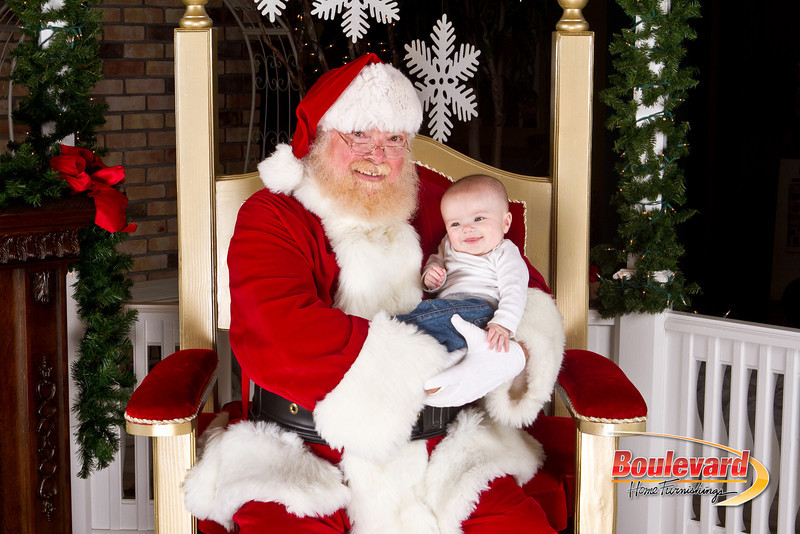 Santa Dec 8-162.jpg