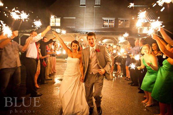 Holt-Summit-MO-Winery-Wedding-Photographer-091810-34.jpg