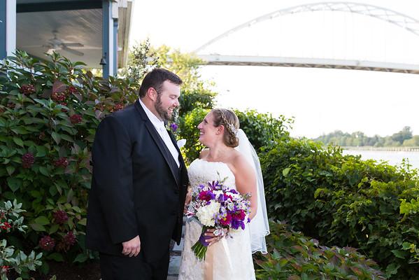 Lauren & Nic @ Pell Gardens & The Chesapeake Inn
