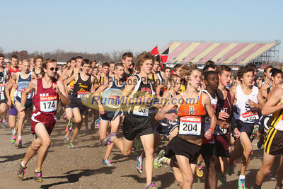 Boy's D1 at 800M, Mid-Race and Finish - 2011 MHSAA LP XC Finals