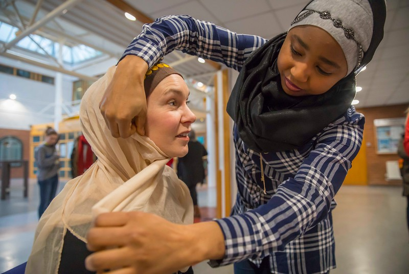 01/02/2017.  World Hijab Day 2017 at Waterford Institute of Technology. Picture at Waterford Institute of Technology (WIT) who hosted an event for World Hijab Day 2017 at WIT's main campus, Cork Road, Waterford City. Pictured are Dr. Una Kealy, Lecturer at WIT trying on a Hijab and Khadijat Umar Waterford. Picture: Patrick Browne