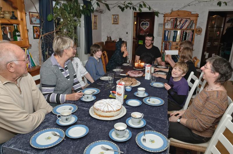 Ach ja, am 28. haben wir noch Ludwigs Geburtstag gefeiert. Recht unspektakulär für einen 18. Geburtstag.