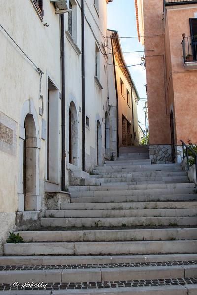 Fornelli alleys 092419-2.jpg