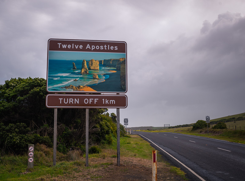 Great Ocean Road Sign.jpg