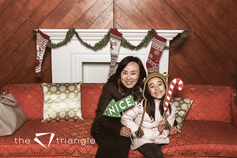 awkward-family-photo-booth-069.jpg
