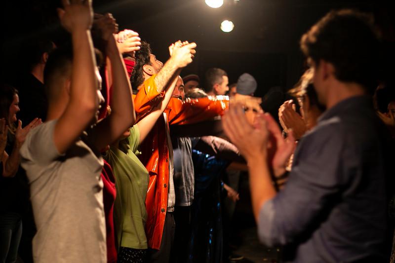 Allan Bravos - Fotografia de Teatro - Indac - Migraaaantes-380.jpg