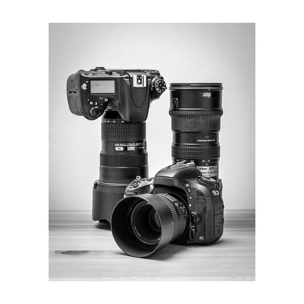 206_NikonGear_10x10.jpg