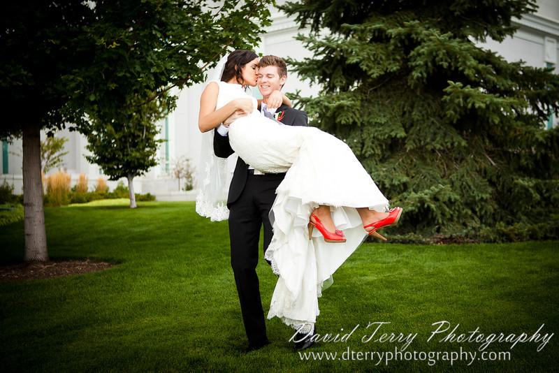 IMAGE: http://www.dterryphotography.com/photos/i-nbsXQPB/0/L/i-nbsXQPB-L.jpg