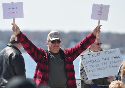 3/22/2009 - Grassroots Tea Party Protest on the Solomons Boardwalk