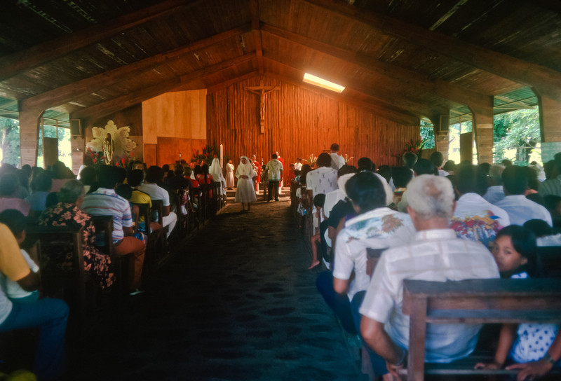 We started  our first day on land, visiting a Marquesas church listening to beautiful Polynesian hymns.