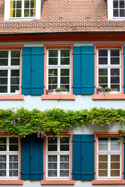 A pretty building in the old town part of Heidelberg