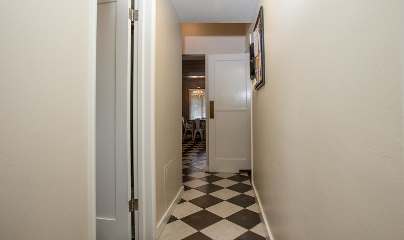 hall way guest1.jpg