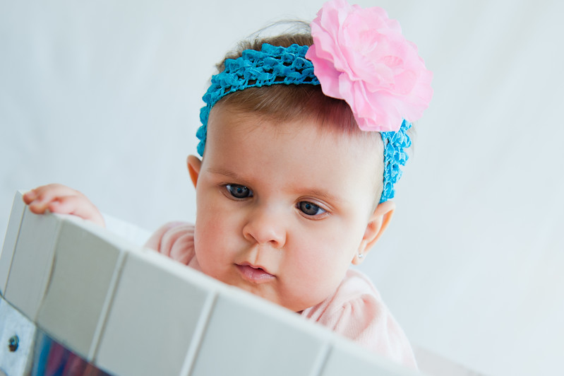 Lily at 6 months-4746.jpg