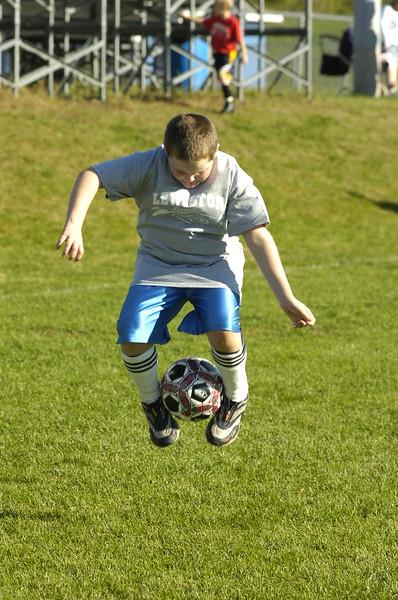 Russ Dillingham photos Family kids boys Lew Rec Soccer 10/1/05