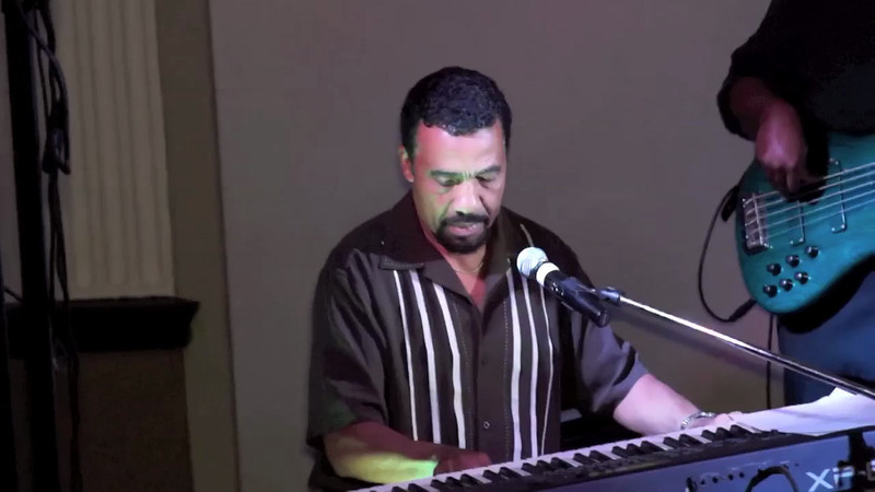 Pat Williams Group Feat ; Bobby Lyles on keys.mov