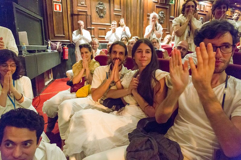 Madrid_satsang_web_330.jpg