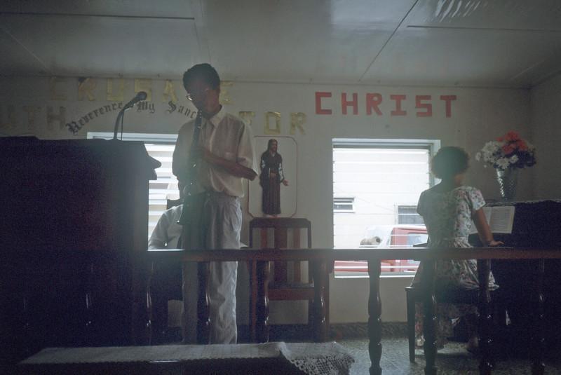 1989 Roatan Honduras Mission Trip-.jpg