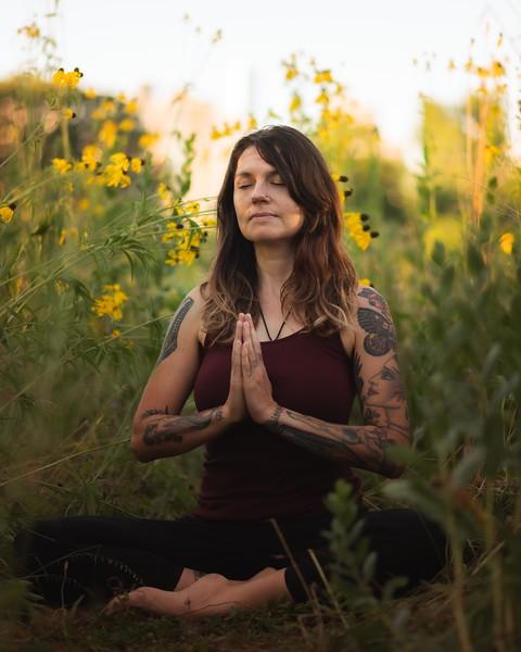 Online Yoga - Lincoln Park Shoot-915.JPG