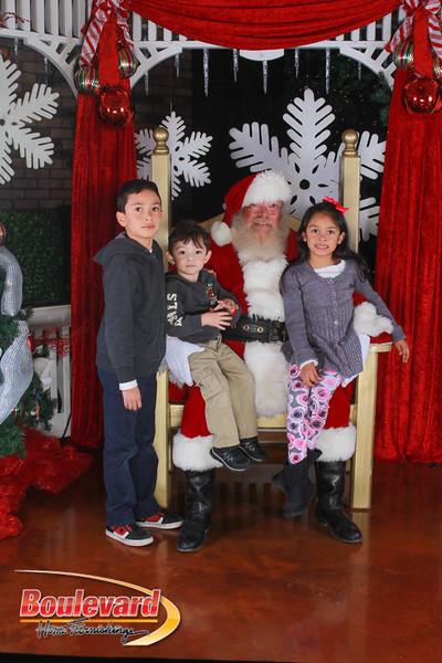 Santa 12-17-16-392.jpg