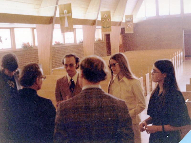 1975 Chris Cole, Pastor, Ken Tom Elaine Peg Fast.jpeg