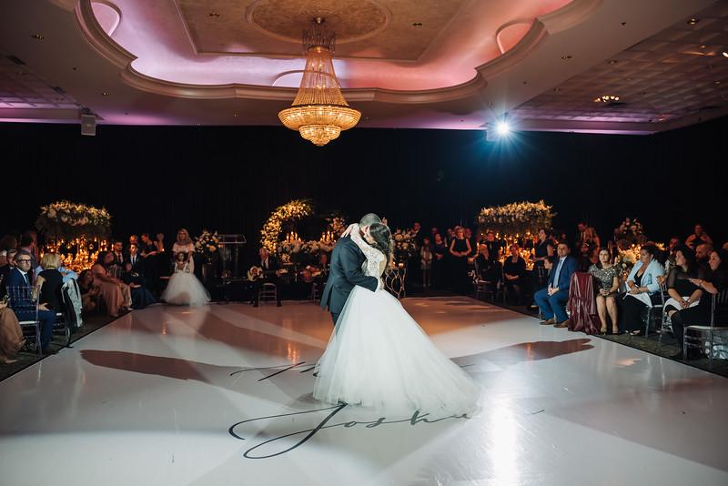 2018-10-20 Megan & Joshua Wedding-834.jpg