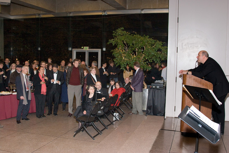 Jed Gaylin speaks to the Glass Pavilion crowd -- HSO 25th anniversary post-concert Gala