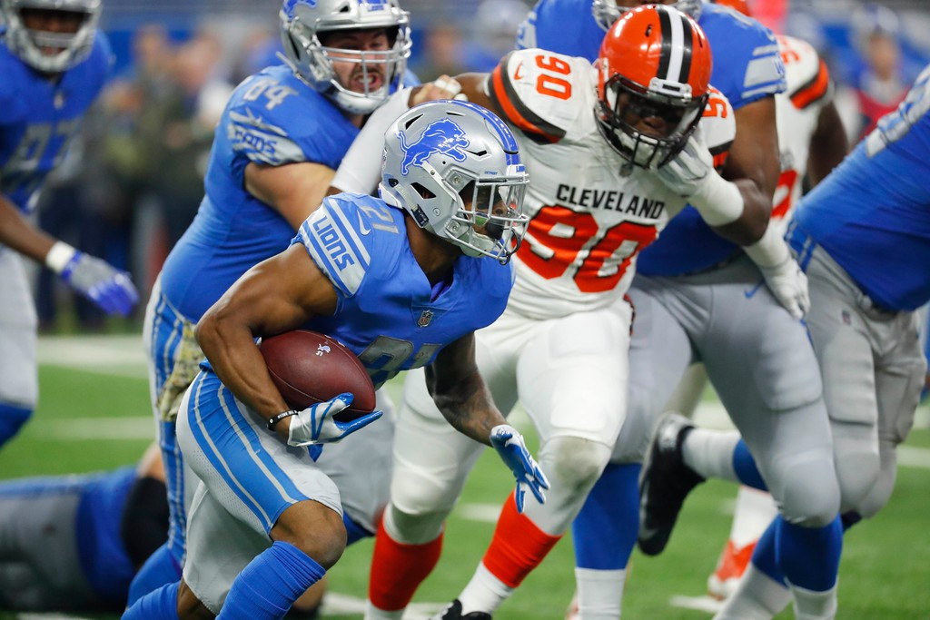 . Detroit Lions running back Ameer Abdullah (21) runs during the first half of an NFL football game against the Cleveland Browns, Sunday, Nov. 12, 2017, in Detroit. (AP Photo/Rick Osentoski)