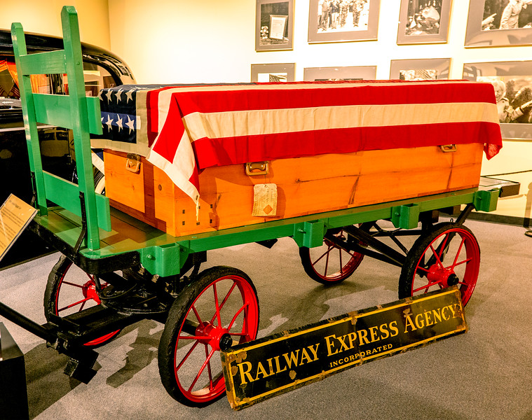 Railroad coffin delivery cart