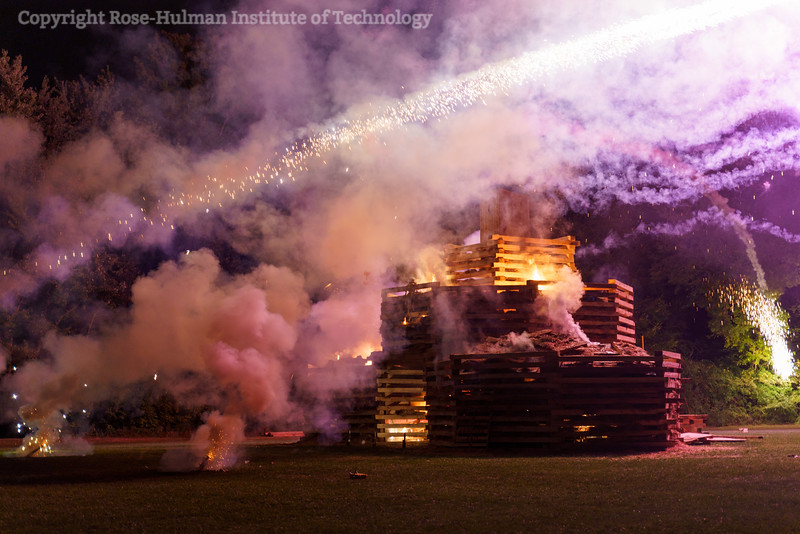 RHIT_Homecoming_2019_Bonfire-7186.jpg