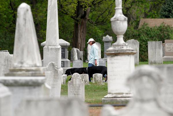 Stockbridge Cemetery Tours-051314