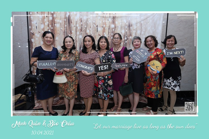 QC-wedding-instant-print-photobooth-Chup-hinh-lay-lien-in-anh-lay-ngay-Tiec-cuoi-WefieBox-Photobooth-Vietnam-cho-thue-photo-booth-067.jpg