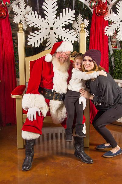 Santa 12-16-17-224.jpg
