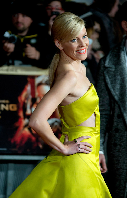 . U.S actress Elizabeth Banks arrives on the red carpet for the World Premiere of Hunger Games: Catching Fire, at a central London cinema, Monday, Nov. 11, 2013. (Photo by Joel Ryan/Invision/AP)