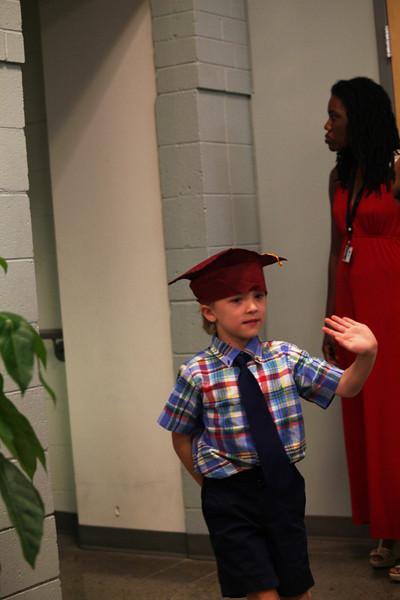 2012May18_MTA Kinder Grad_9807.JPG
