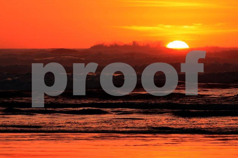 Sunset ocean 7168.jpg