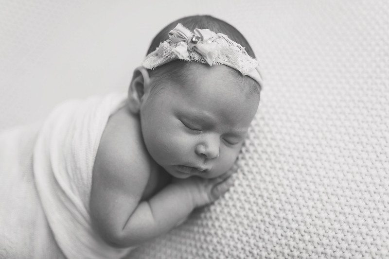 Kaylyn NewbornBW-38.jpg