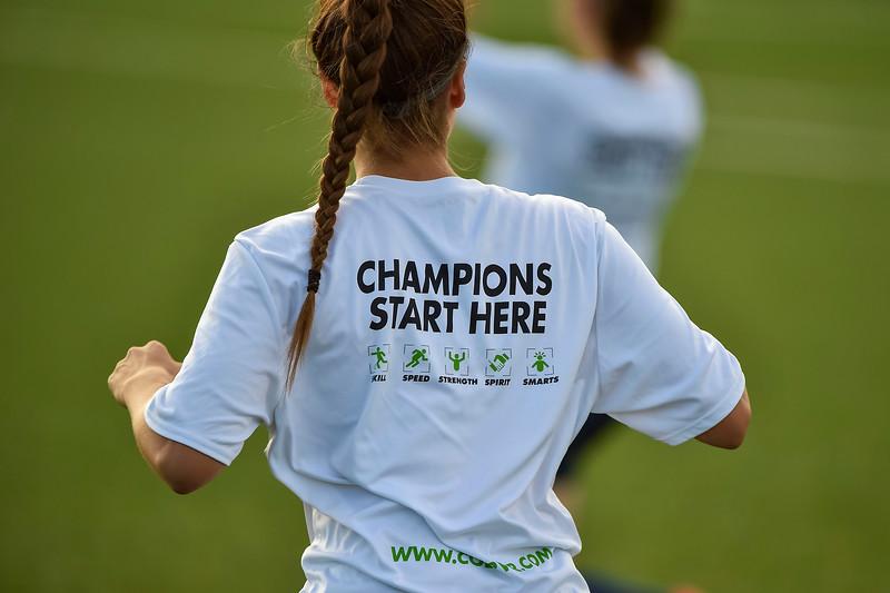 08.31.2019 - 182427-0400 - 8072 - F10Sports.ca - L1O Womens Finals 2019 - OAK v LON.jpg