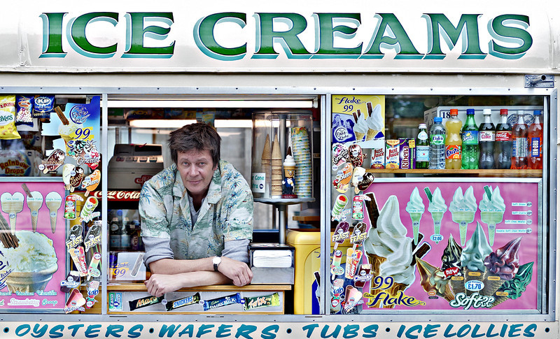 Ice Cream Seller - Edinburgh - Street Portrait