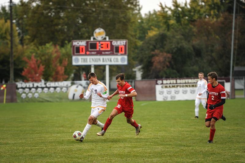 10-27-18 Bluffton HS Boys Soccer vs Kalida - Districts Final-190.jpg