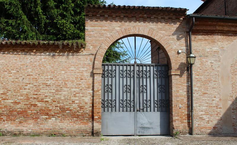 Italy-Ferrara-14.JPG