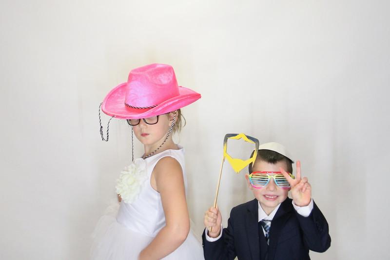 Danny and Sonia Photobooth Originals-1.jpg