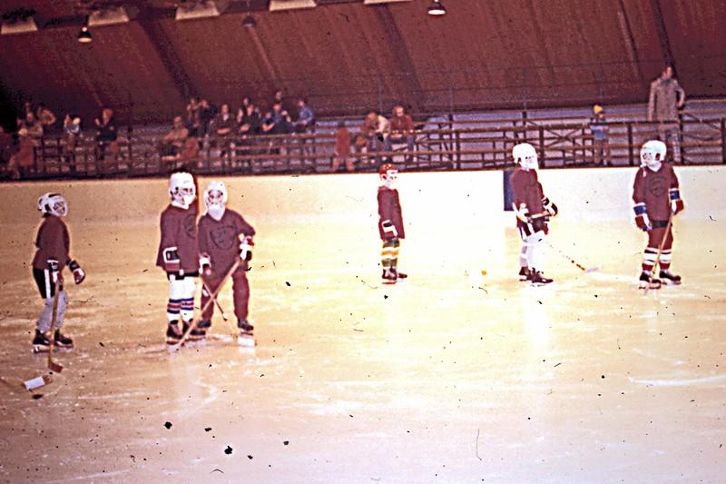 1977 - Randy's Hockey Team  - on the ice