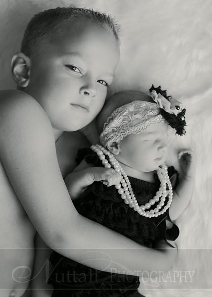 Natalie Newborn 02bw.jpg