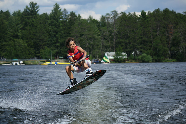 Trick-Ski/Waterskiing